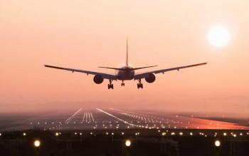 Следующий в Екатеринбург пассажирский самолёт из Москвы сообщил об угрозе взрыва на борту