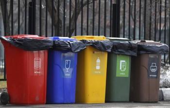 Роспотребнадзор рекомендовал остановить раздельный сбор мусора на время пандемии
