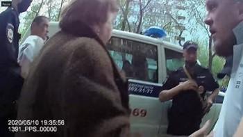 В Екатеринбурге пьяная компания нарушителей режима самоизоляции напала наполицейских