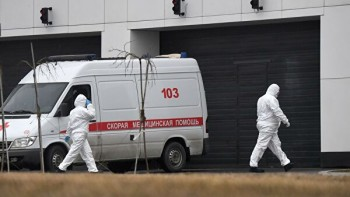 В Екатеринбурге на подстанции скорой помощи семь медиков заразились коронавирусом
