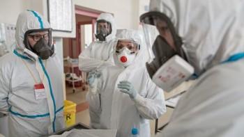 ВСвердловской области заболевшие коронавирусом медики получили первые выплаты