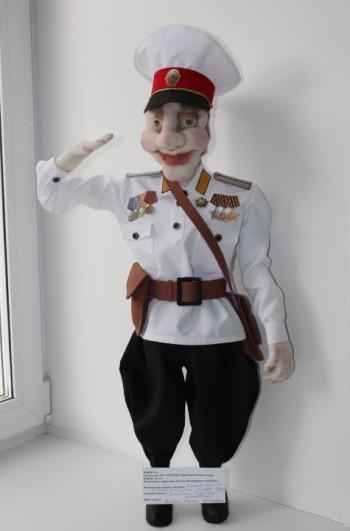 Кукла детей-сирот из Нижнего Тагила вышла в финал всероссийского творческого конкурса при МВД. Тагильские полицейские просят поддержать земляков «лайками»