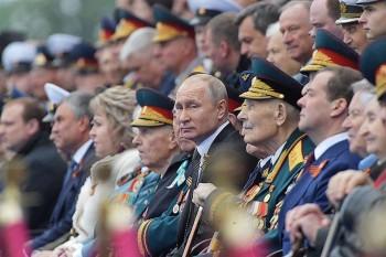 Владимир Путин объявил день Парада Победы 24 июня нерабочим