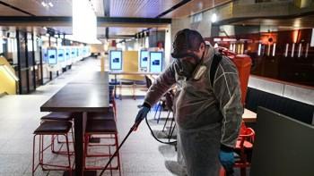 Роспотребнадзор уточнил рекомендации для ресторанов и кафе в условиях снятия ограничений по коронавирусу