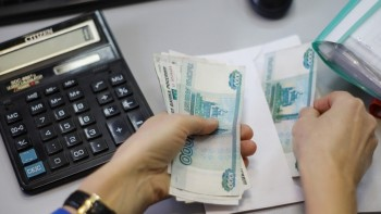 Насоциальные выплаты из-за коронавируса в Свердловской области потратили больше 5 млрд рублей