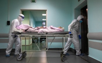 Минздрав: Ситуацию с коронавирусом в России удалось переломить