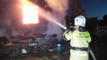 Всаду под Екатеринбургом сын пытался заживо сжечь своего отца