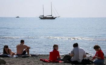 МЧС предложило регионам увеличить площади пляжей ради социального дистанцирования