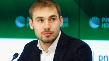 «Это не по-мужски»: депутат Госдумы Антон Шипулин пристыдил православного активиста Румянцева за суд с екатеринбуржцем