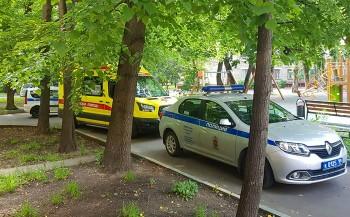 В Москве мужчина ворвался в квартиру к знакомой и расстрелял всю её семью