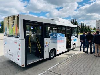Ульяновцы показали тагильским перевозчикам свой городской низкопольный автобус (ВИДЕО)
