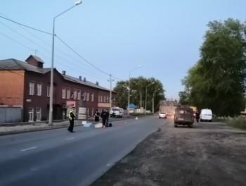 В Нижнем Тагиле грузовик насмерть сбил пешехода (ВИДЕО)