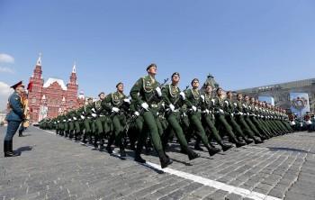 Роструд напомнил о сокращённой рабочей неделе из-за парада Победы