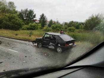 В Нижнем Тагиле на Восточном шоссе произошло лобовое ДТП