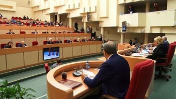 Заседание Саратовской областной думы завершилось дракой
