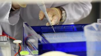 ТАСС: У испытателей вакцины от коронавируса проявились побочные эффекты