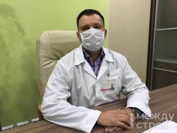 «Моя задача — защитить пациентов». Главный врач Демидовской больницы Нижнего Тагила рассказал о работе учреждения в условиях пандемии и переболевших коронавирусом сотрудниках
