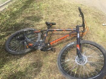 В Нижнем Тагиле автомобиль сбил 16-летнего велосипедиста