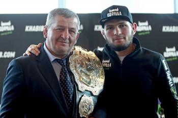 Глава Чечни сообщил о смерти отца бойца UFC Хабиба Нурмагомедова