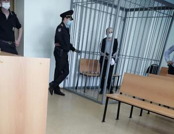 В Нижнем Тагиле мужчину, сбросившего собутыльника с балкона восьмого этажа, приговорили к 12 годам колонии