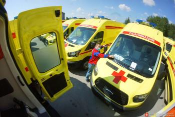 Станция скорой помощи в Нижнем Тагиле получила в разгар пандемии коронавируса новый реанимобиль