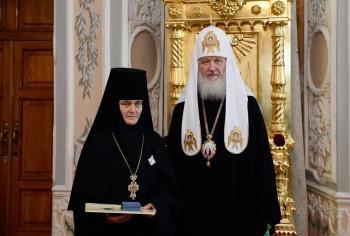 Настоятельница монастыря в Москве купила Mercedes-Benz почти за 10 млн рублей