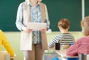 С нового учебного года педагоги будут получать дополнительные выплаты за классное руководство