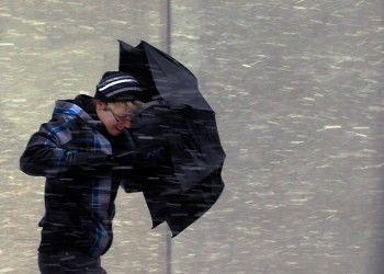 Экстренное предупреждение: завтра ожидается сильнейший снегопад и ветер до 25 метров в секунду
