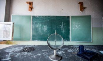Свердловское правительство направило 124 миллиона рублей на ремонт школ в 2015 году