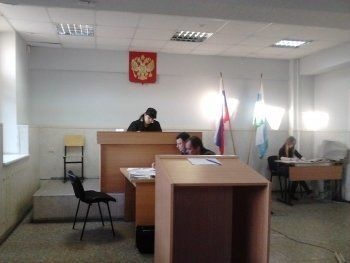 Силовики Нижнего Тагила продолжают противостояние. Суд допросил бывшего начальника и жену следователя Фетисова