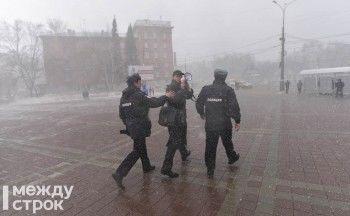 Заседания суда по задержанным на антикоррупционном митинге в Нижнем Тагиле назначены на апрель. Материалы на организатора акции Илью Коровина потерялись