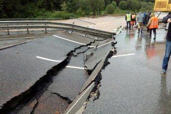 На трассе Пермь – Екатеринбург из-за дождей обрушился мост