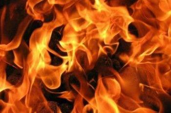 Житель Сургута поджёг себя у здания ГИБДД из-за эвакуированной машины