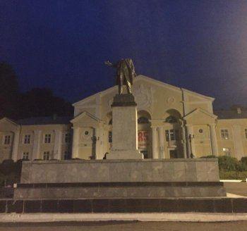 Во время празднования Дня металлурга в Первоуральске обезглавили памятник Ленину