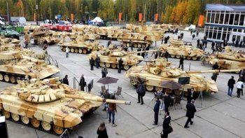 Россия позвала Азербайджан на Russia Arms Expo-2015