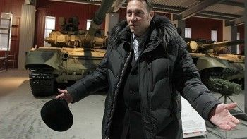 Полпред Холманских отказался встречаться с протестующими против «Платона» свердловскими дальнобойщиками