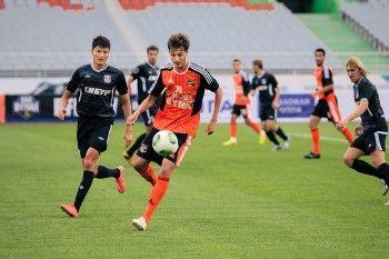 Леонид Слуцкий вызвал в сборную Россию полузащитника ФК «Урал»