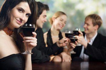 Правительство научит россиян культурному потреблению алкоголя