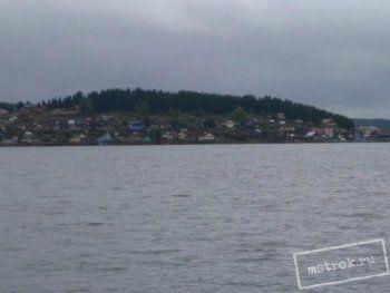 Чиновники отказались сносить жилые дома вдоль Черноисточинского пруда ради очищения питьевой воды для Нижнего Тагила. «Мы должны разобраться с этой проблемой прямо сейчас»