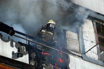В Нижнем Тагиле пожарные спасли инвалида, едва не сгоревшего в собственной квартире