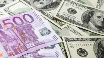 Евро продают по 100 рублей? Журналист АН «Между строк» изучил курсы валют в банках Нижнего Тагила (ФОТО)