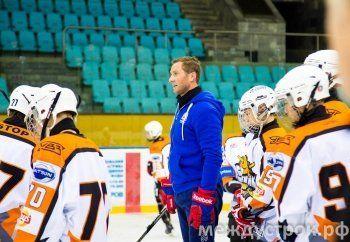 Чемпион мира по хоккею Алексей Морозов провёл мастер-класс в Нижнем Тагиле