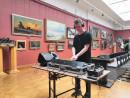 В музее искусств Нижнего Тагила прошли съёмки второго выпуска проекта «Культпросвет», придуманного уральскими оператором и диджеем
