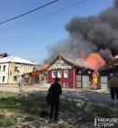 В Черноисточинске тушат крупный пожар (ВИДЕО)