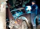 В Нижнем Тагиле спасатели Центра защиты вытащили зажатого в автомобиле водителя