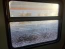 В Нижнем Тагиле подросток камнями разбил окно электрички